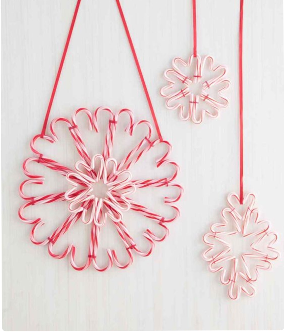 candy-cane-christmas-wreath